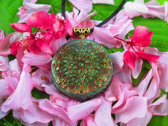 mandala blossoms orgonite pendant