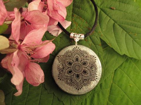 mandala orgonite blossoms