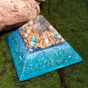 turquoise and howlite orgonite pyramid