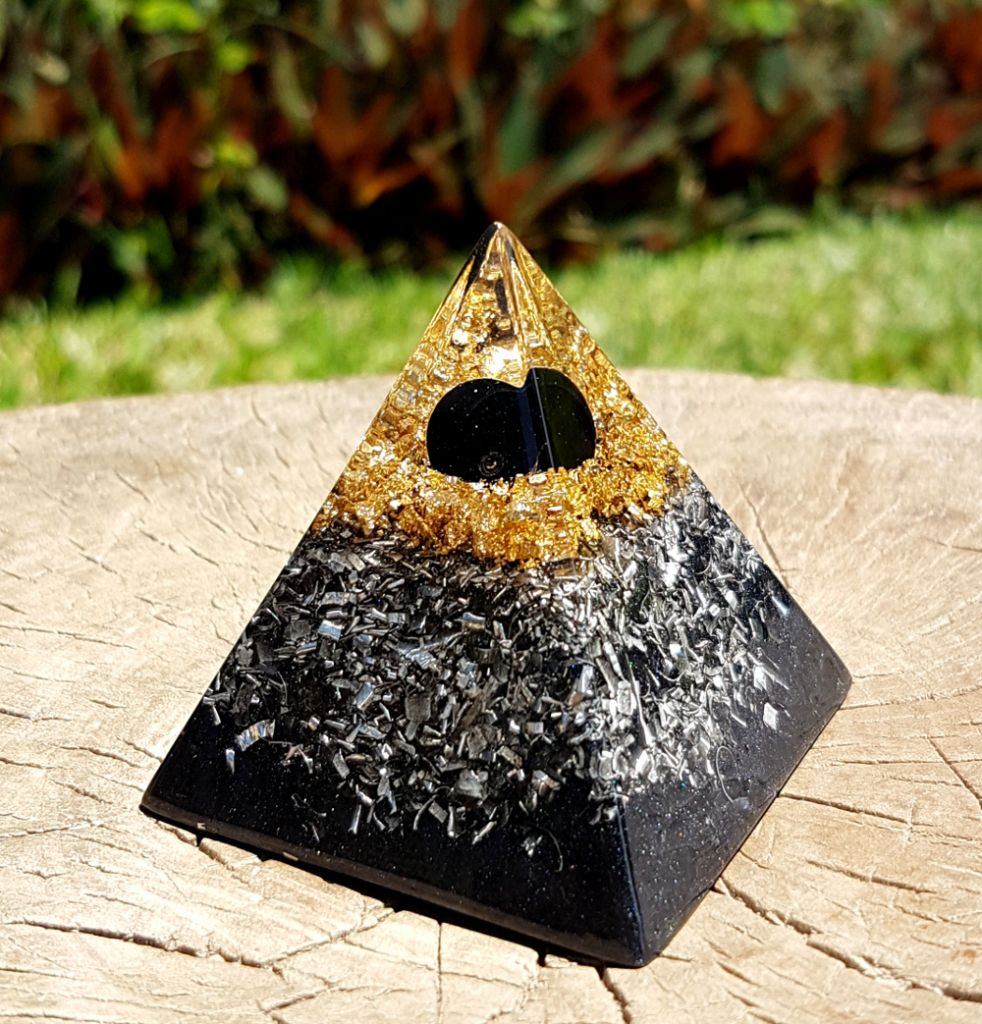 Black tourmaline orgonite pyramid - EMF protection