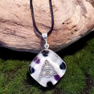 Protection Orgonite Pendant - small orgonite necklace by Orgonise Yourself