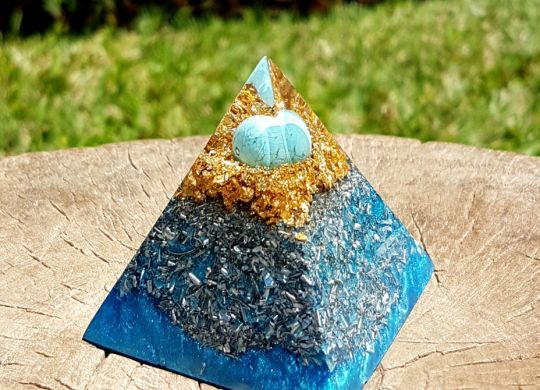 turquoise orgonite pyramid - orgone pyramid generator by Orgonise Yourself