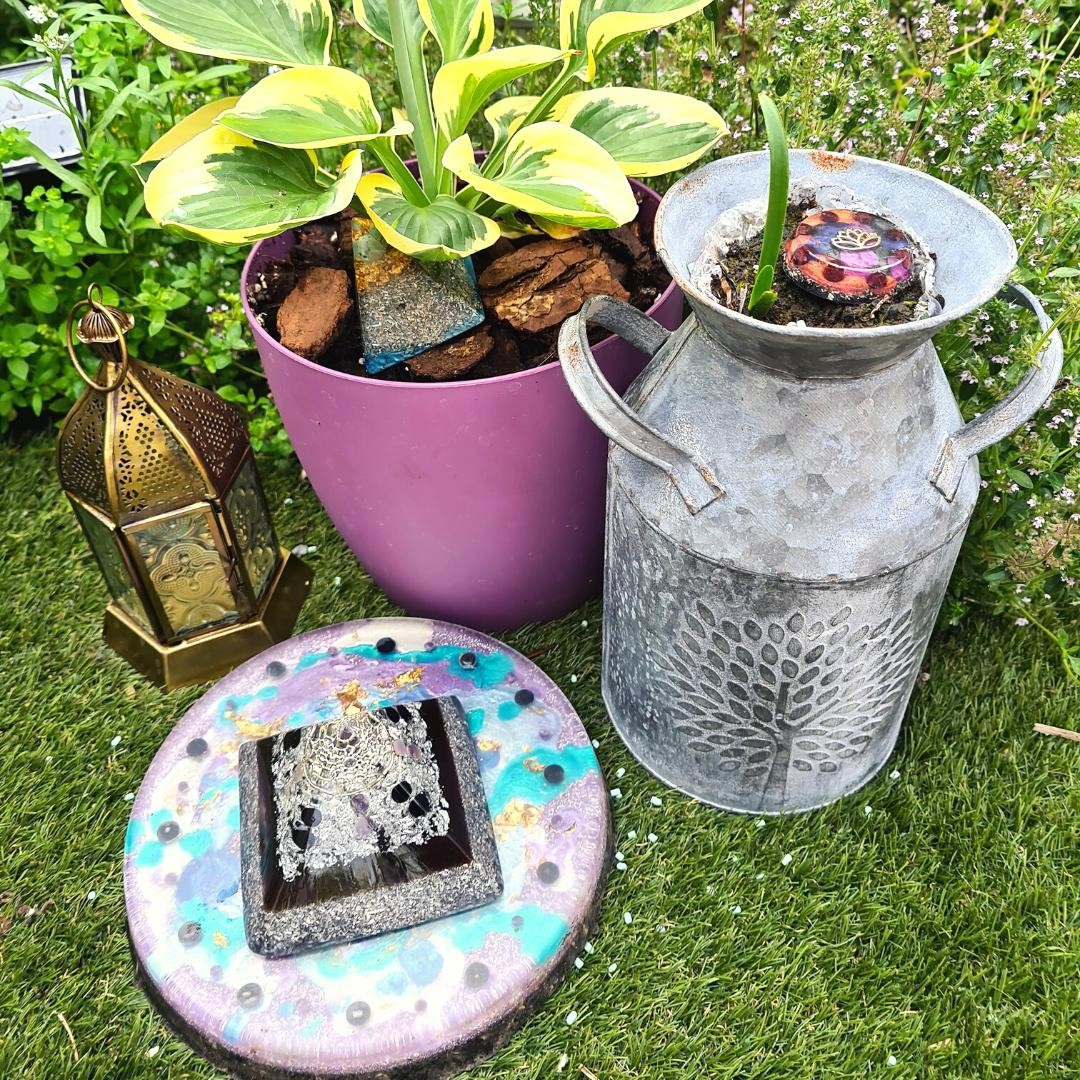 I've had a little refresh of my garden recently, and I'm loving the new energy flowing through here!⁠ ⁠ Nature + orgonite = magic... am I right? ⁠ ⁠ Do you have a sacred space you can retreat to? It's so important to have somewhere to go where you can feel safe, grounded and at peace. ⁠ ⁠ Wishing you all a wonderful week ahead! ️⁠ ⁠ ⁠ ⁠ ⁠