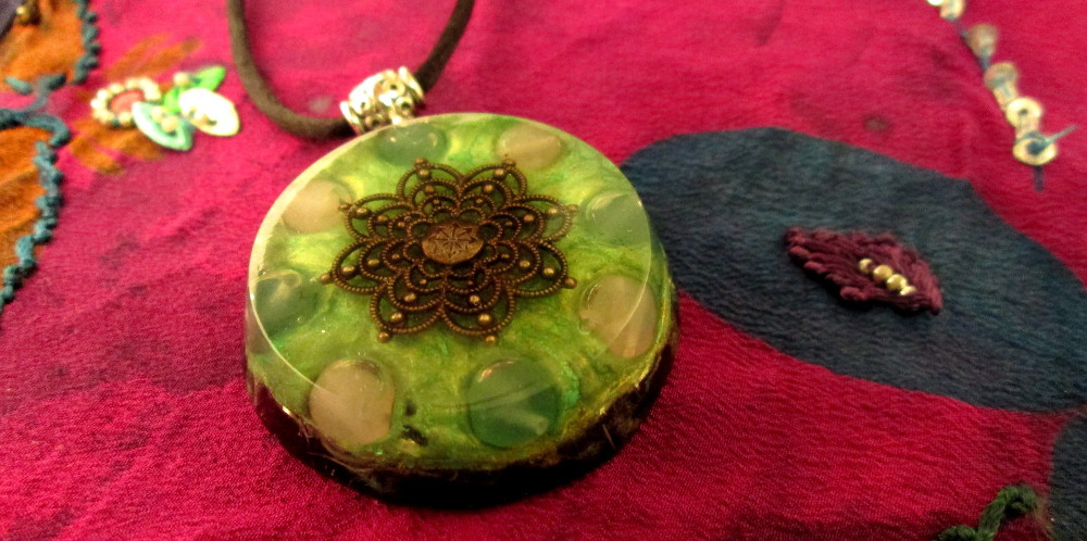 Energy Healing Orgonite Pendant with Aventurine and Rose Quartz